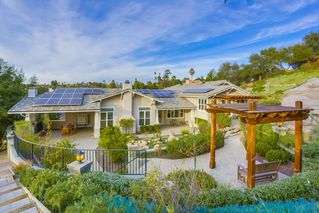 Photo 22: SOUTH ESCONDIDO House for sale : 5 bedrooms : 751 Gretna Green Way in Escondido