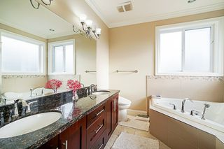 Photo 12: 13258 62A Avenue in Surrey: Panorama Ridge House for sale : MLS®# R2330973
