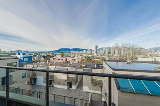 Main Photo: 9 1214 W 7TH Avenue in Vancouver: Fairview VW Townhouse for sale (Vancouver West)  : MLS®# R2344611
