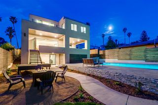 Photo 2: POINT LOMA House for sale : 4 bedrooms : 4585 Pescadero Ave in San Diego