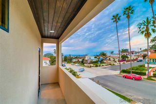 Photo 15: POINT LOMA House for sale : 4 bedrooms : 4585 Pescadero Ave in San Diego