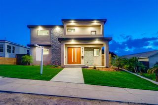 Photo 1: POINT LOMA House for sale : 4 bedrooms : 4585 Pescadero Ave in San Diego