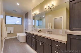 Photo 11: POINT LOMA House for sale : 4 bedrooms : 4585 Pescadero Ave in San Diego