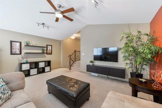 Photo 11: 3196 WHITELAW Drive in Edmonton: Zone 56 House for sale : MLS®# E4152456