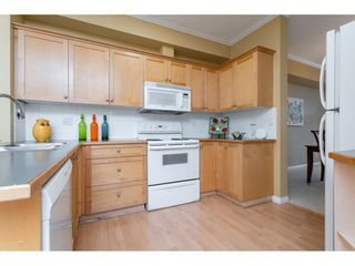 """Photo 8: 20 11860 RIVER Road in Surrey: Royal Heights Townhouse for sale in """"Cypress Ridge"""" (North Surrey)  : MLS®# R2360071"""
