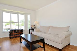 Photo 2: 301 2393 WELCHER Avenue in Port Coquitlam: Central Pt Coquitlam Condo for sale : MLS®# R2367589