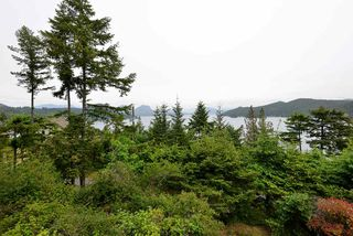 "Photo 19: 347 SKYLINE Drive in Gibsons: Gibsons & Area House for sale in ""The Bluff"" (Sunshine Coast)  : MLS®# R2369735"
