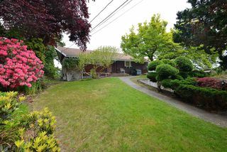 """Photo 4: 347 SKYLINE Drive in Gibsons: Gibsons & Area House for sale in """"The Bluff"""" (Sunshine Coast)  : MLS®# R2369735"""