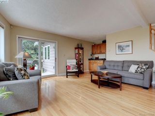 Photo 7: 3760 Granfield Place in COBBLE HILL: ML Cobble Hill Single Family Detached for sale (Malahat & Area)  : MLS®# 412466