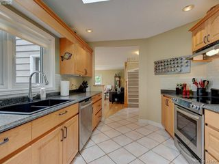 Photo 12: 3760 Granfield Place in COBBLE HILL: ML Cobble Hill Single Family Detached for sale (Malahat & Area)  : MLS®# 412466