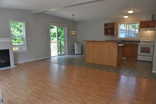 "Photo 11: 110 4510 SUNSHINE COAST Highway in Sechelt: Sechelt District Manufactured Home for sale in ""The Newer Big Maples Mobile Community"" (Sunshine Coast)  : MLS®# R2383277"