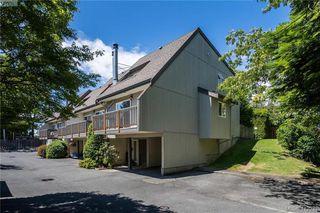 Photo 2: 4 3981 Saanich Road in VICTORIA: SE Quadra Row/Townhouse for sale (Saanich East)  : MLS®# 412931