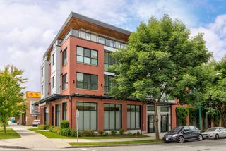 "Photo 18: 201 688 E 18TH Avenue in Vancouver: Fraser VE Condo for sale in ""The Gem"" (Vancouver East)  : MLS®# R2385649"