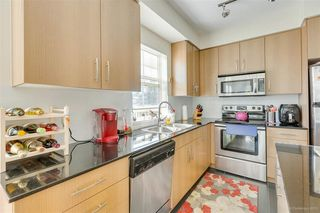 "Photo 7: 309 22290 NORTH Avenue in Maple Ridge: West Central Condo for sale in ""SOLO"" : MLS®# R2391138"