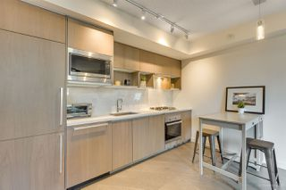 """Photo 12: 301 68 SMITHE Street in Vancouver: Downtown VW Condo for sale in """"One Pacific"""" (Vancouver West)  : MLS®# R2396094"""