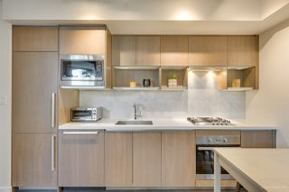 """Photo 4: 301 68 SMITHE Street in Vancouver: Downtown VW Condo for sale in """"One Pacific"""" (Vancouver West)  : MLS®# R2396094"""