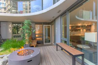 """Photo 14: 301 68 SMITHE Street in Vancouver: Downtown VW Condo for sale in """"One Pacific"""" (Vancouver West)  : MLS®# R2396094"""
