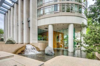 """Photo 18: 1502 1200 ALBERNI Street in Vancouver: West End VW Condo for sale in """"PALISADES"""" (Vancouver West)  : MLS®# R2411151"""
