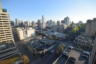 """Photo 14: 1502 1200 ALBERNI Street in Vancouver: West End VW Condo for sale in """"PALISADES"""" (Vancouver West)  : MLS®# R2411151"""