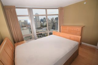 """Photo 5: 1502 1200 ALBERNI Street in Vancouver: West End VW Condo for sale in """"PALISADES"""" (Vancouver West)  : MLS®# R2411151"""