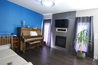 Photo 3: 3621 HUMMINGBIRD Way in Edmonton: Zone 59 House Half Duplex for sale : MLS®# E4183968