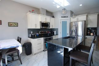 Photo 5: 3621 HUMMINGBIRD Way in Edmonton: Zone 59 House Half Duplex for sale : MLS®# E4183968