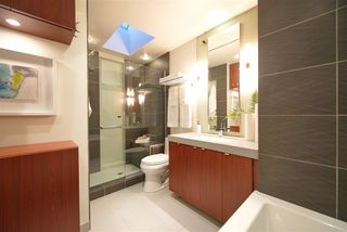 Photo 15: 434 W 14TH Avenue in Vancouver: Mount Pleasant VW Townhouse for sale (Vancouver West)  : MLS®# R2445570