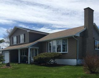 Photo 2: 6 Harbourview Drive in Sydney Mines: 205-North Sydney Residential for sale (Cape Breton)  : MLS®# 202007936