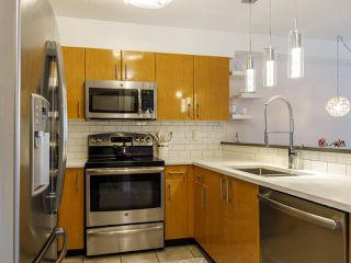 Photo 17: 204 2490 W 2 AVENUE in Vancouver: Kitsilano Condo for sale (Vancouver West)  : MLS®# R2466357