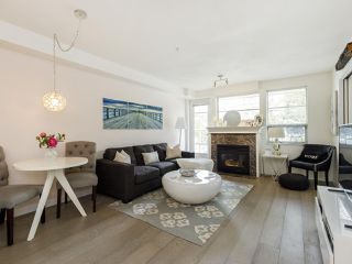 Photo 2: 204 2490 W 2 AVENUE in Vancouver: Kitsilano Condo for sale (Vancouver West)  : MLS®# R2466357