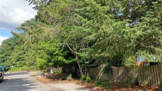 Photo 2: 5623 OSPREY Street in Sechelt: Sechelt District House for sale (Sunshine Coast)  : MLS®# R2479745