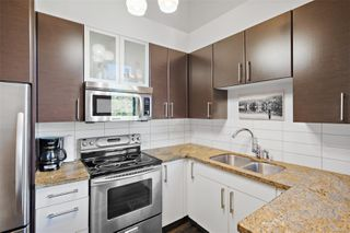 Photo 5: 324 2745 Veterans Memorial Pkwy in : La Mill Hill Condo for sale (Langford)  : MLS®# 853879