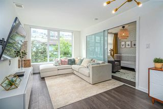 "Photo 2: 521 5598 ORMIDALE Street in Vancouver: Collingwood VE Condo for sale in ""WALL CENTER CENTRAL PARK"" (Vancouver East)  : MLS®# R2495888"