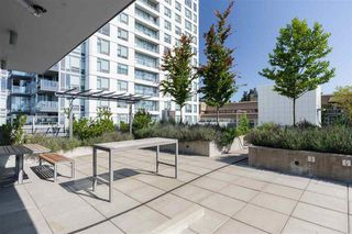 "Photo 22: 521 5598 ORMIDALE Street in Vancouver: Collingwood VE Condo for sale in ""WALL CENTER CENTRAL PARK"" (Vancouver East)  : MLS®# R2495888"