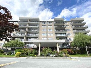 "Photo 4: 609 9300 PARKSVILLE Drive in Richmond: Boyd Park Condo for sale in ""MASTERS GREEN"" : MLS®# R2497625"