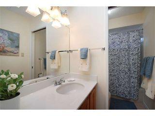 Photo 3: 13487 18TH AV in Surrey: Crescent Bch Ocean Pk. Home for sale ()  : MLS®# F1408900