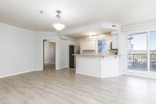 Photo 10: 701 683 10 Street SW in Calgary: Downtown West End Apartment for sale : MLS®# A1038309