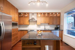 """Photo 17: 43 15 FOREST PARK Way in Port Moody: Heritage Woods PM Townhouse for sale in """"DISCOVERY RIDGE"""" : MLS®# R2526076"""
