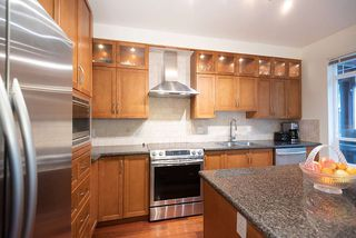 """Photo 19: 43 15 FOREST PARK Way in Port Moody: Heritage Woods PM Townhouse for sale in """"DISCOVERY RIDGE"""" : MLS®# R2526076"""