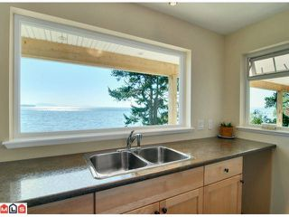 Photo 9: 14430 MARINE Drive: White Rock House for sale (South Surrey White Rock)  : MLS®# F1117129
