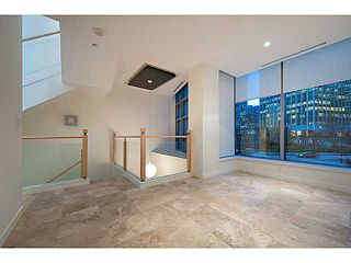 """Photo 12: 1125 W CORDOVA Street in Vancouver: Coal Harbour Townhouse for sale in """"HARBOUR GREEN 3"""" (Vancouver West)  : MLS®# V1041476"""