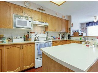 "Photo 9: 25 9168 FLEETWOOD Way in Surrey: Fleetwood Tynehead Townhouse for sale in ""FOUNTAINS"" : MLS®# F1403191"