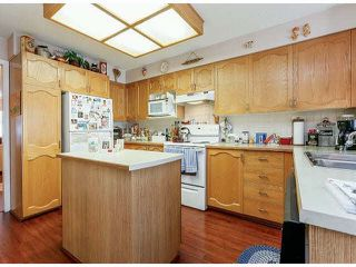 "Photo 8: 25 9168 FLEETWOOD Way in Surrey: Fleetwood Tynehead Townhouse for sale in ""FOUNTAINS"" : MLS®# F1403191"