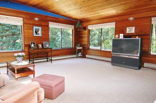 Photo 2: 25035 FERGUSON AV in Maple Ridge: Websters Corners House for sale : MLS®# V599642