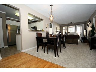"""Photo 2: 303 1369 56TH Street in Tsawwassen: Cliff Drive Condo for sale in """"WINDSOR WOODS"""" : MLS®# V1058520"""
