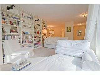 """Photo 6: 102 15111 RUSSELL Avenue: White Rock Condo for sale in """"Pacific Terrace"""" (South Surrey White Rock)  : MLS®# F1413147"""