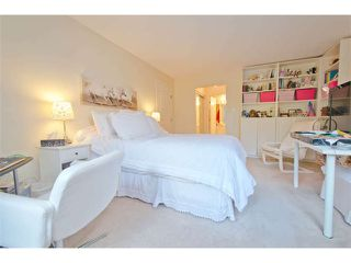 """Photo 12: 102 15111 RUSSELL Avenue: White Rock Condo for sale in """"Pacific Terrace"""" (South Surrey White Rock)  : MLS®# F1413147"""