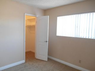 Photo 8: EL CAJON Condo for sale : 2 bedrooms : 455 Ballantyne #8