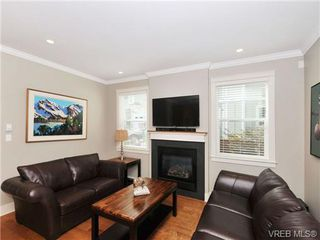 Photo 3: 3330 Myles Mansell Rd in VICTORIA: La Walfred Single Family Detached for sale (Langford)  : MLS®# 684341