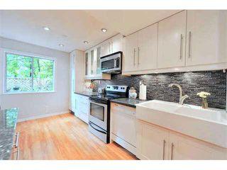 """Photo 3: 44 1240 FALCON Drive in Coquitlam: Upper Eagle Ridge Townhouse for sale in """"FALCON RIDGE"""" : MLS®# V1091832"""